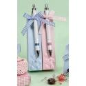 Cono caramelos niño o niña con bolígrafos y pin osito rosa o azul (precio unidad)