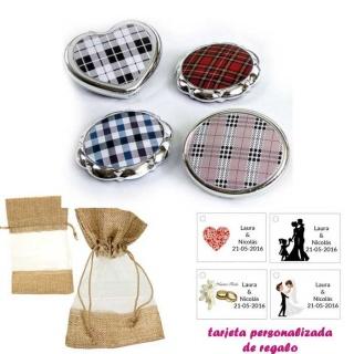 Espejos plateados con cuadros escoceses, con bolsa de saco marrón y tull, y tarjeta personalizada