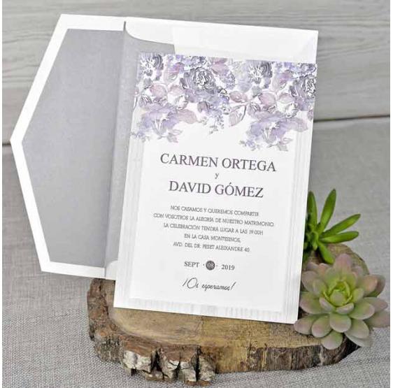 Invitación de boda muy original color morado