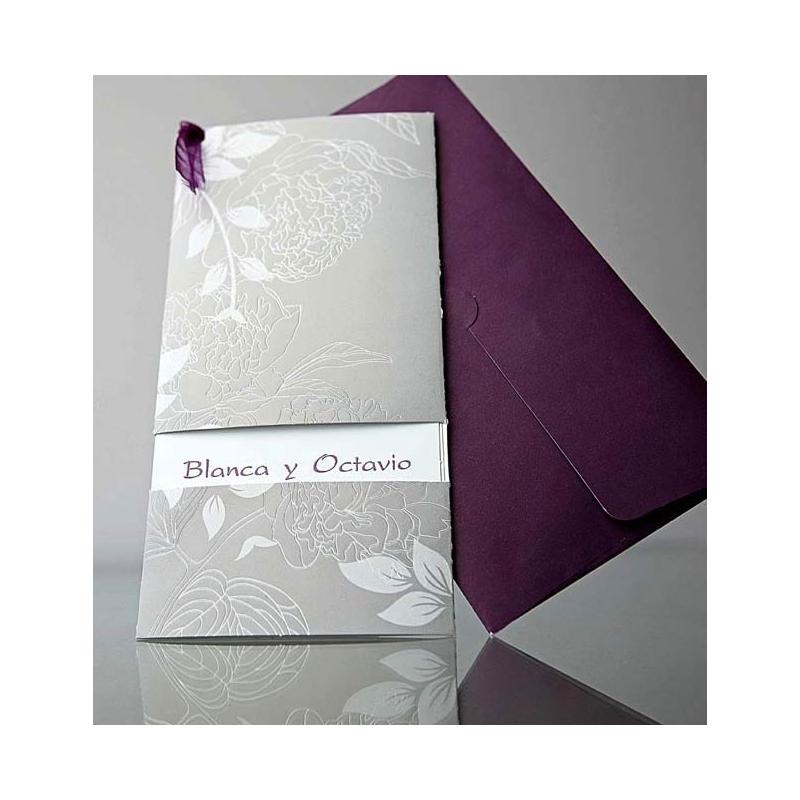 invitacin de boda original color plata con sobre morado muy elegante